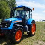 Трактор АГРОМАШ 85ТК на авиа-шоу в Калужской области