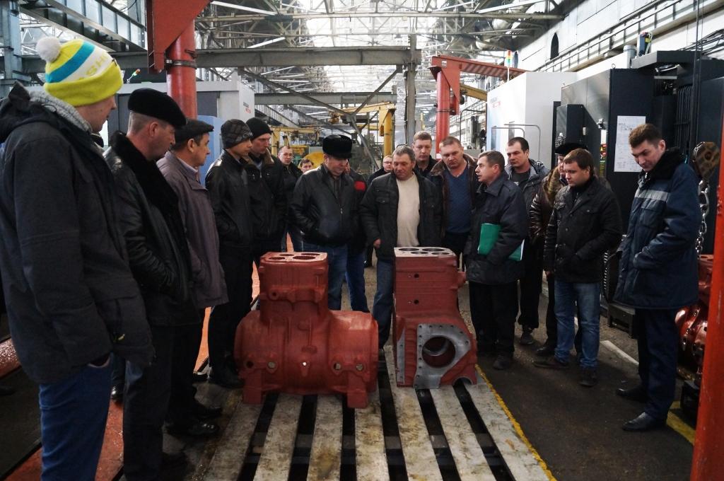 Сельхозтоваропроизводители Самарской области посетили Чебоксарский завод промышленных тракторов